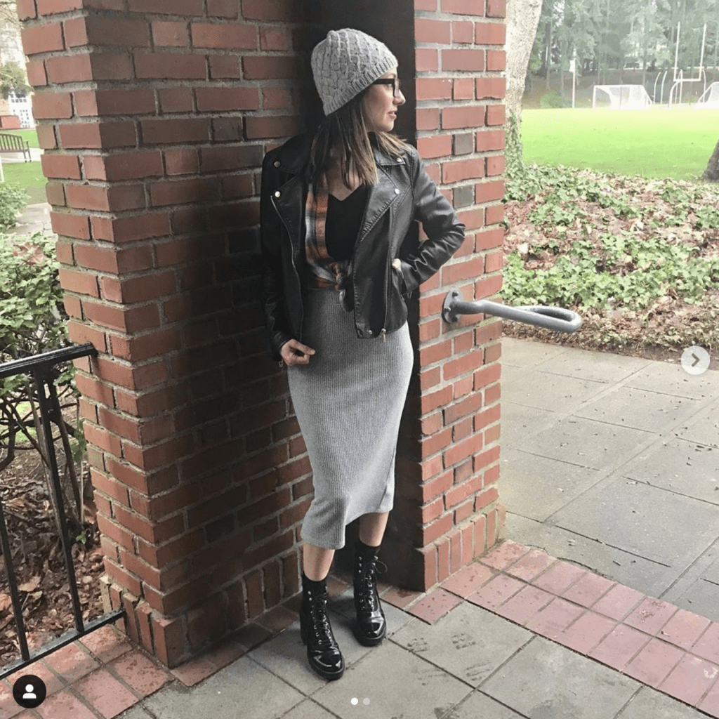 It's Week 1 of the reader style challenge! This week's winter outfit features plaid flannel shirts — w/ high-rise or white jeans, all Breakfast Club, fancy & more.