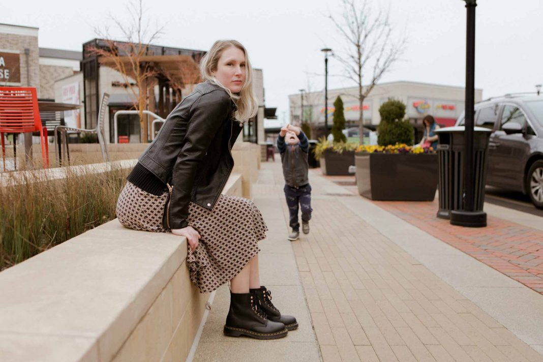 We got down & styled our Doc Martens 3 ways: cool AF w/ a comfy dress; casual w/Levi's skinny jeans; a flirty midi skirt for a femme take on combat boots.