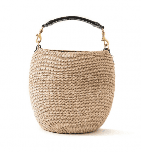 Straw bags & woven totes — perfect for essential errands, daily walks, picnics & outings. Also, great purses for a fashionable AF entrance. You know it.