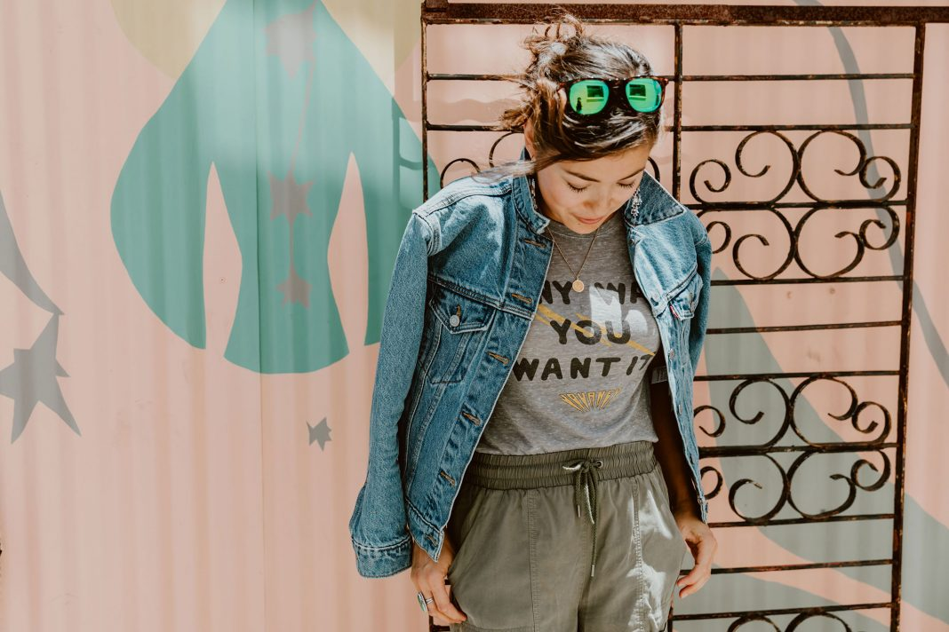 The Shopbop Style Break offers classic pieces under $100. Lots of Levi's (501's!!), practical bags & backpacks, fun jewelry, graphic tees + shoes & sneaks.