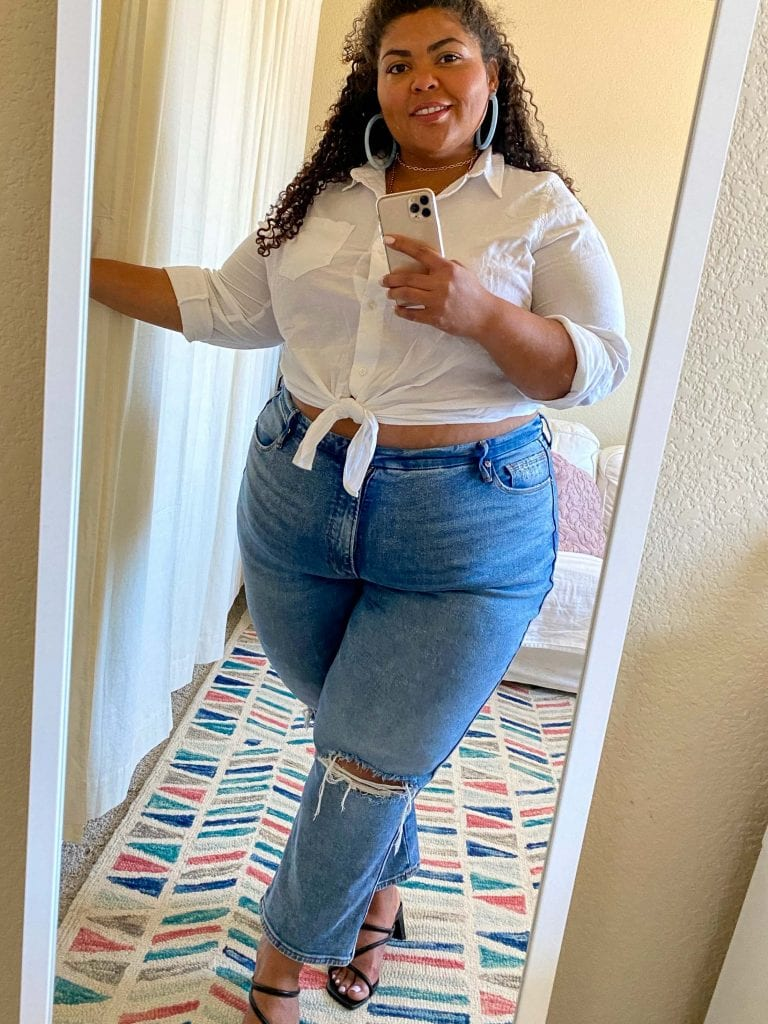 Ooohh...Kat's Memorial Day Sales guide is here to keep us cool w/ Dyson, glowing w/ some beauty picks, looking cute in Good American & NAADAM. Shop it here.