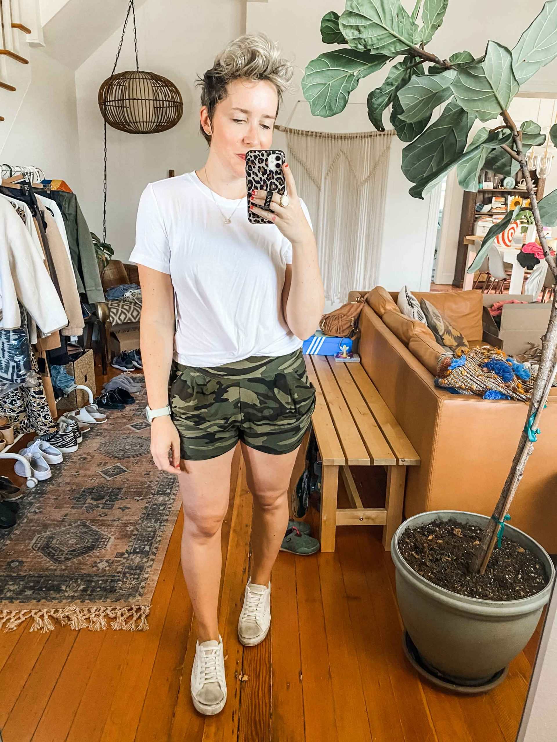 Lounge shorts? Workout shorts? It's as if bike shorts & paperbag waist pants had an athleisure baby...Let's style these comfy Amazon shorts....
