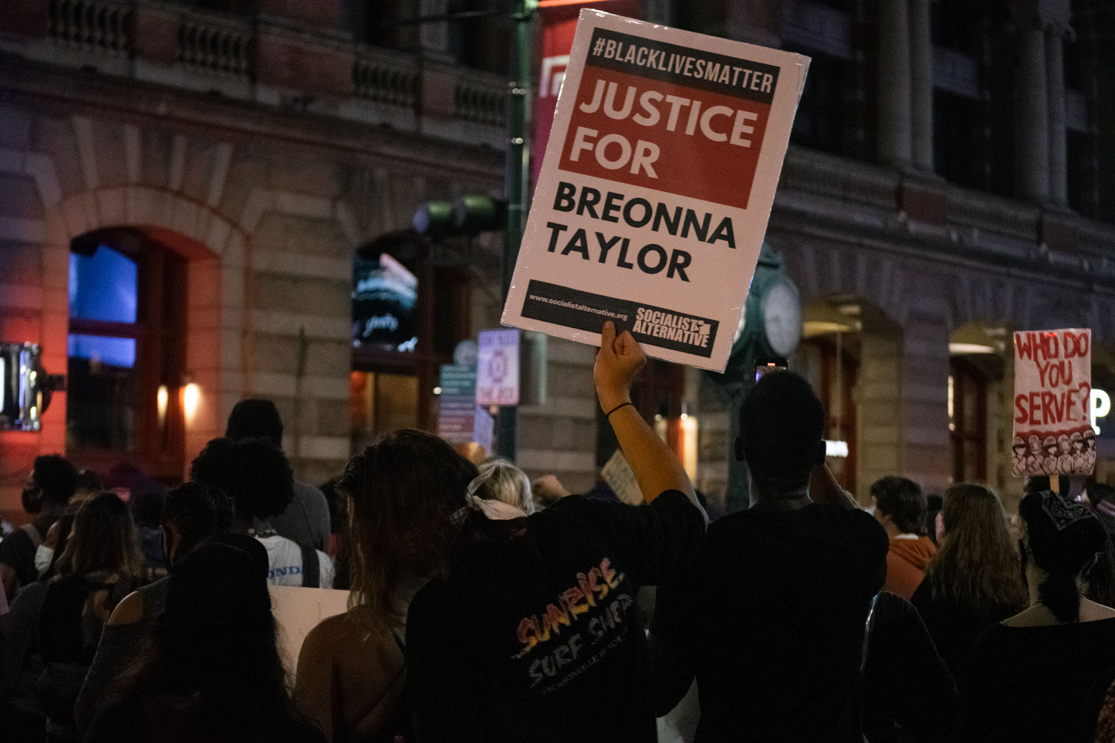 Take Action For Breonna Taylor 5 Ways To Seek Justice Now The Mom Edit