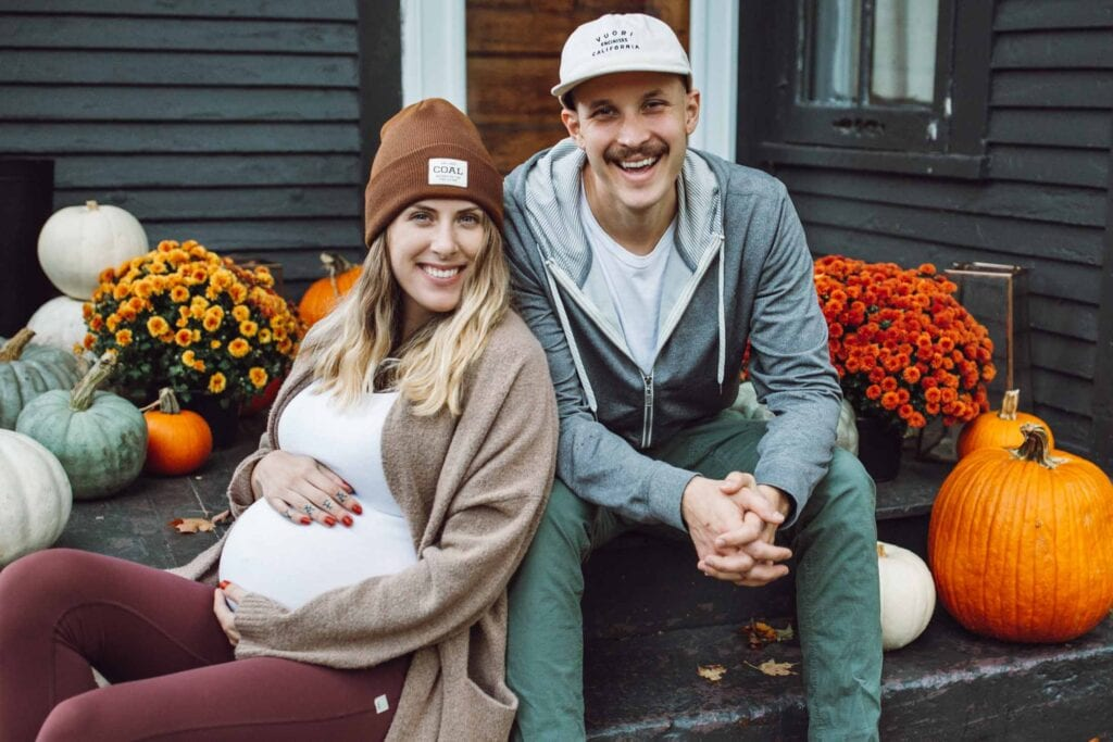 Our newest style contributor, a Marquette photographer, brings trendy vibes + upcoming maternity & postpartum fashion insight. Yay!