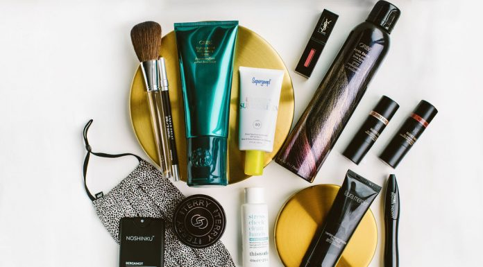In addition to my beloved Slip silk face mask & pillow case, my absolute fave low-maintenance hair, makeup & skincare products at Nordstrom.