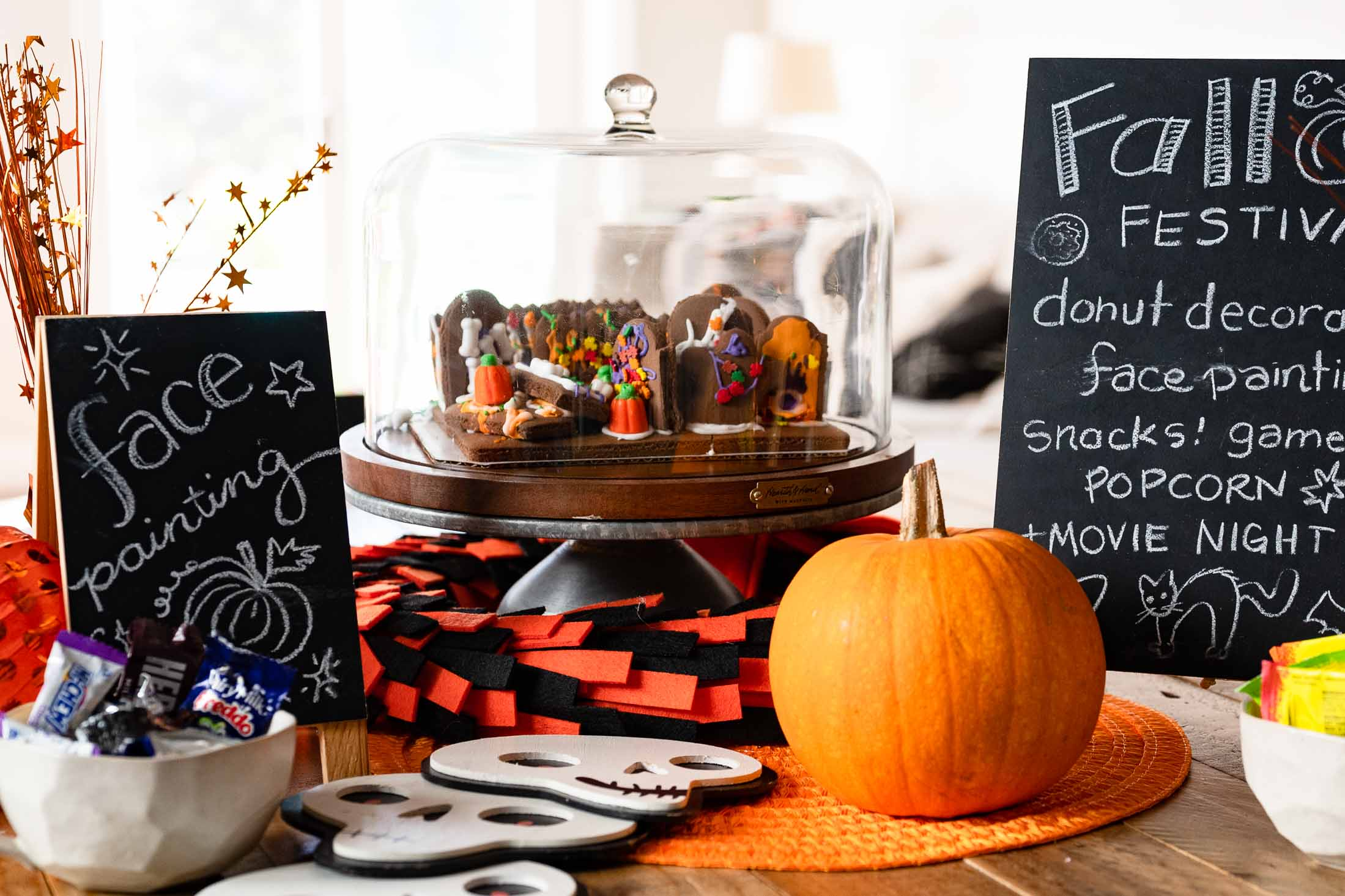 Easy Kids Halloween Fest 10 Diy Activities Backyard Party Ideas The Mom Edit