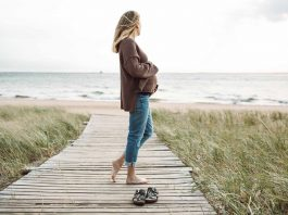 Madewell maternity jeans are so good, I almost wish I were pregnant for a little longer…ALMOST. I tried their maternity skinny jeans w/ belly bands, + their side panel perfect adjustable edition. Spoiler alert: it's hard to pick a favorite.