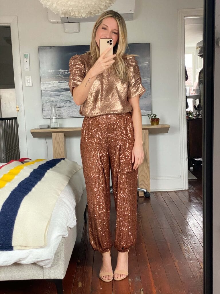 Four fashion faves from Social Threads, 1 of our fave small business. Think fun sequin joggers, a neat turtleneck, a cool sweater tee & a winter surprise.
