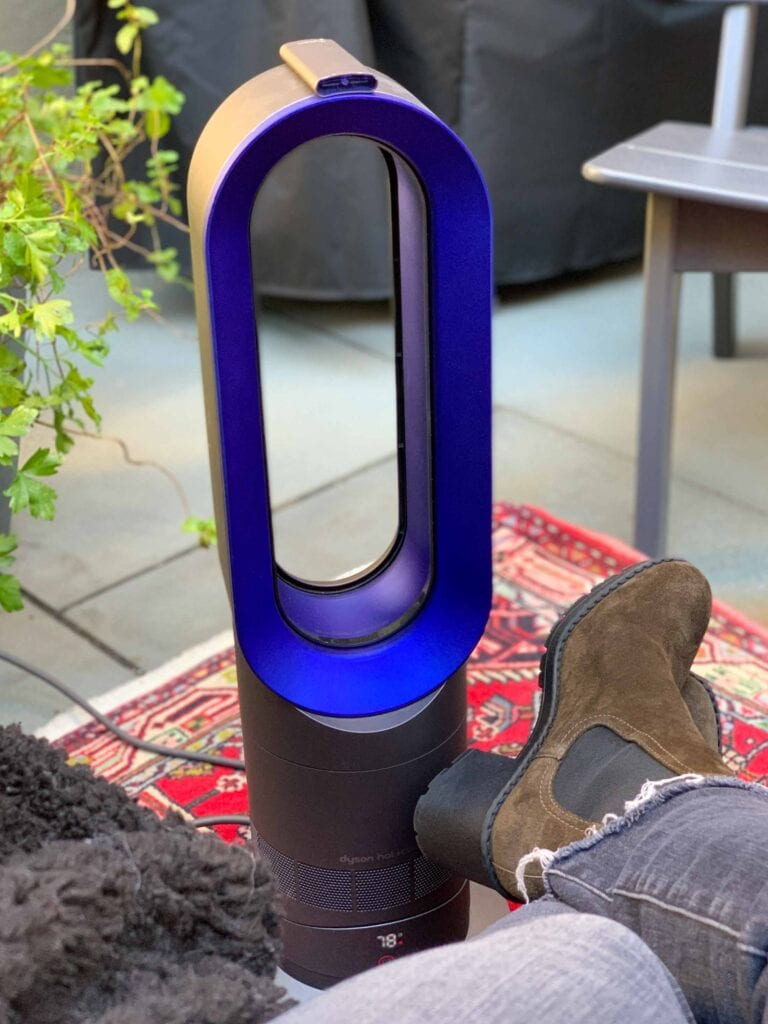 We're obsessed w/ Dyson. The cordless stick vacuums, the hair dryer, the Airwrap, the Hot+Cool heater & fan...our top 5 Black Friday Sale picks, inside.