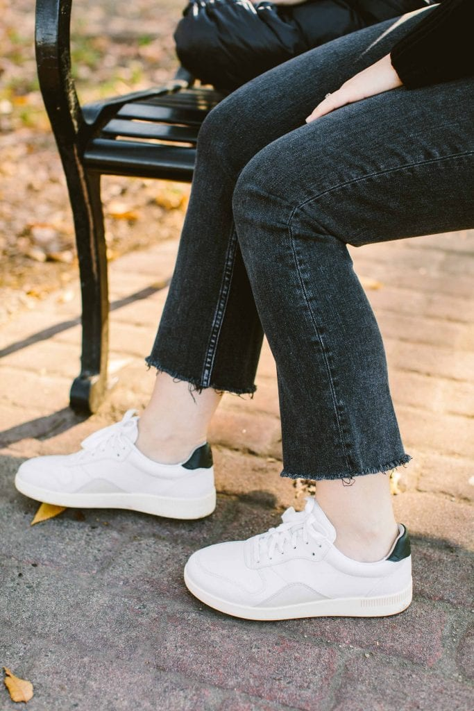 We have way more than 10 fave Everlane outfit pieces. Closet basics is where Everlane shines. The Court Sneaker, Flare Jeans, ReNew Puffer...here's my go-to list.