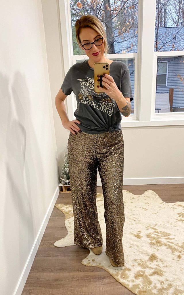Banana Republic nails holidays at home. We're talking cute & festive finds (think velvet & sequins but comfy) we're snapping up for Black Friday.