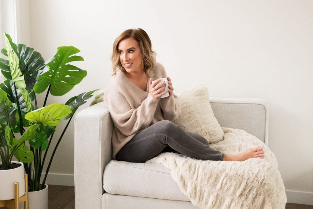 Sexy sweaters; fancy skinny jeans & wide-leg sequin pants...comfy w/ a side of dressy, found. Express has 3 outfit ideas just right for holidays at home.