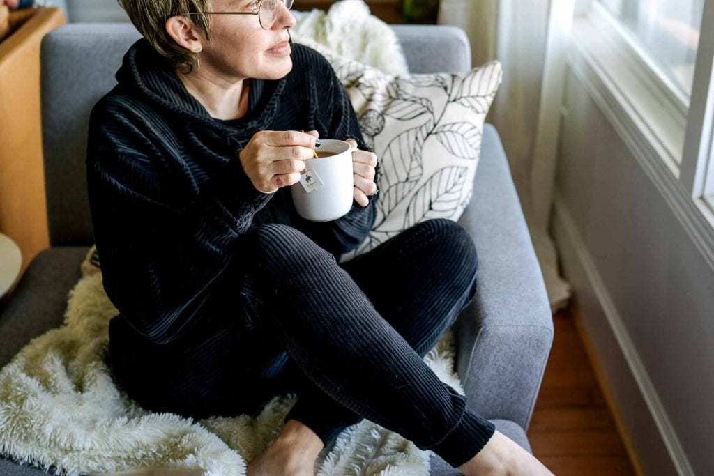 This insanely gorgeous, velvety black lounge set from Zella is chic & cozy. A plush hoodie that easily converts to activewear...we're snuggling in.