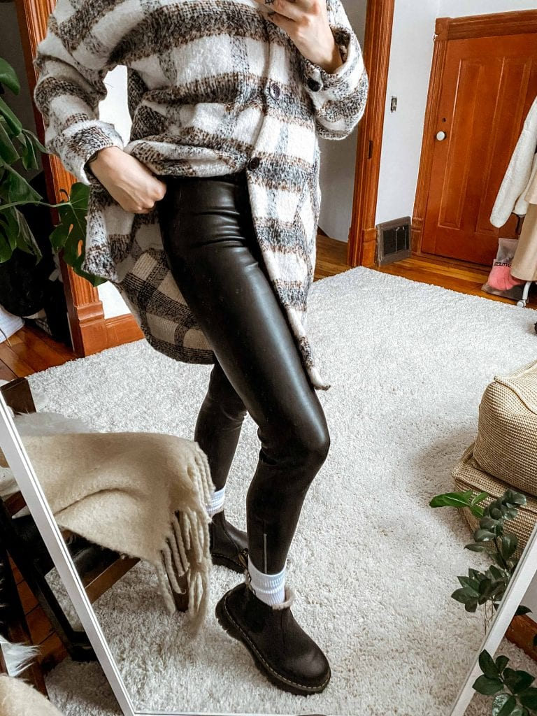 These faux leather leggings are wonderfully comfortable & look dang amazing, too. 'Postpartum Party Pants', I named 'em as I checked out my butt for the 3rd time.
