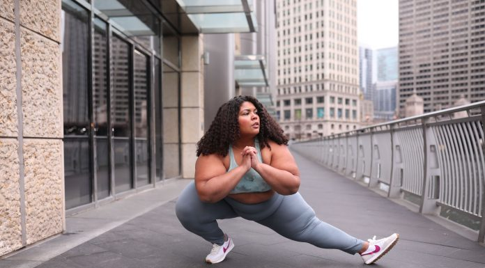 For a HIIT workout, the 2 most important things = leggings that stay in place & a sports bra that does its job. We're looking at Zella for exercise at home outfits.