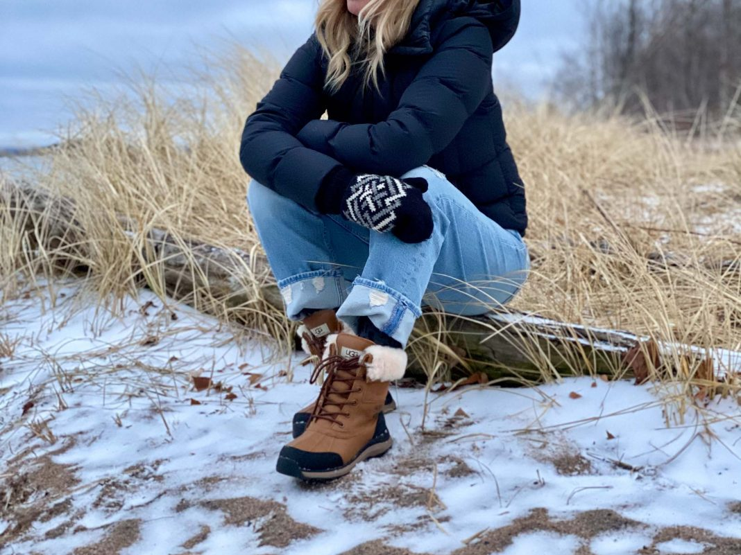 I'm not really daunted by winter. While some people hibernate, I just...layer. UGG boots, fleece leggings, MOTHER jeans & cashmere...+ a few more cold-weather accessories.