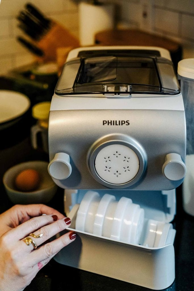 Um...This Philips pasta maker is right on time. It's our newest obsession. It's refurbished (eco-friendly, affordable) & easy to clean. WINNING.