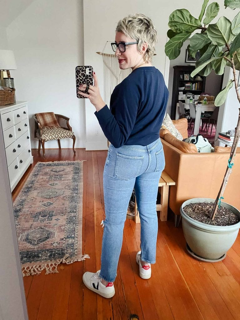 I love the Parker cut-offs, so thought I'd dive deeper into AGOLDE to check out their '90s fit, their ripped super high-waist & a few more pairs of jeans.