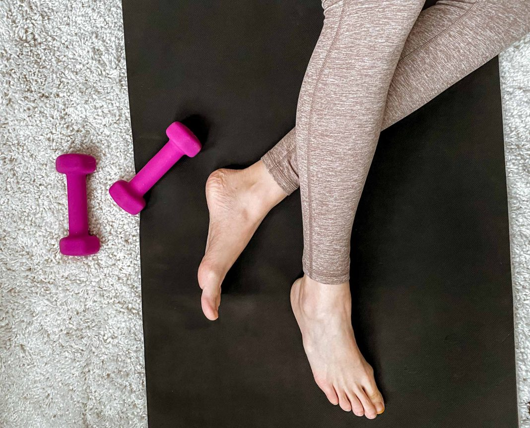 For fresh workout sets, I checked out Aerie to see if I could score some high-waisted leggings I'd want to live in. Spoiler alert: I most certainly did!