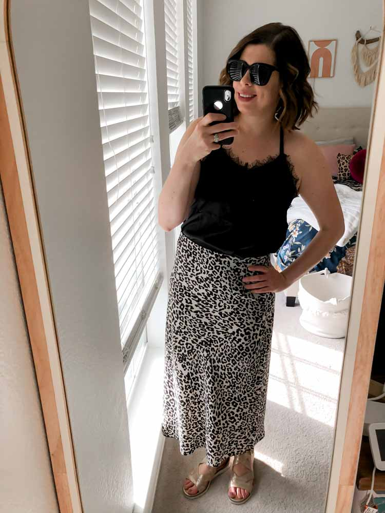 Midi skirts are truly the Goldilocks of skirts. Not too short, not too long, just right...to get away w/ shaving only the bottom half of your calves.