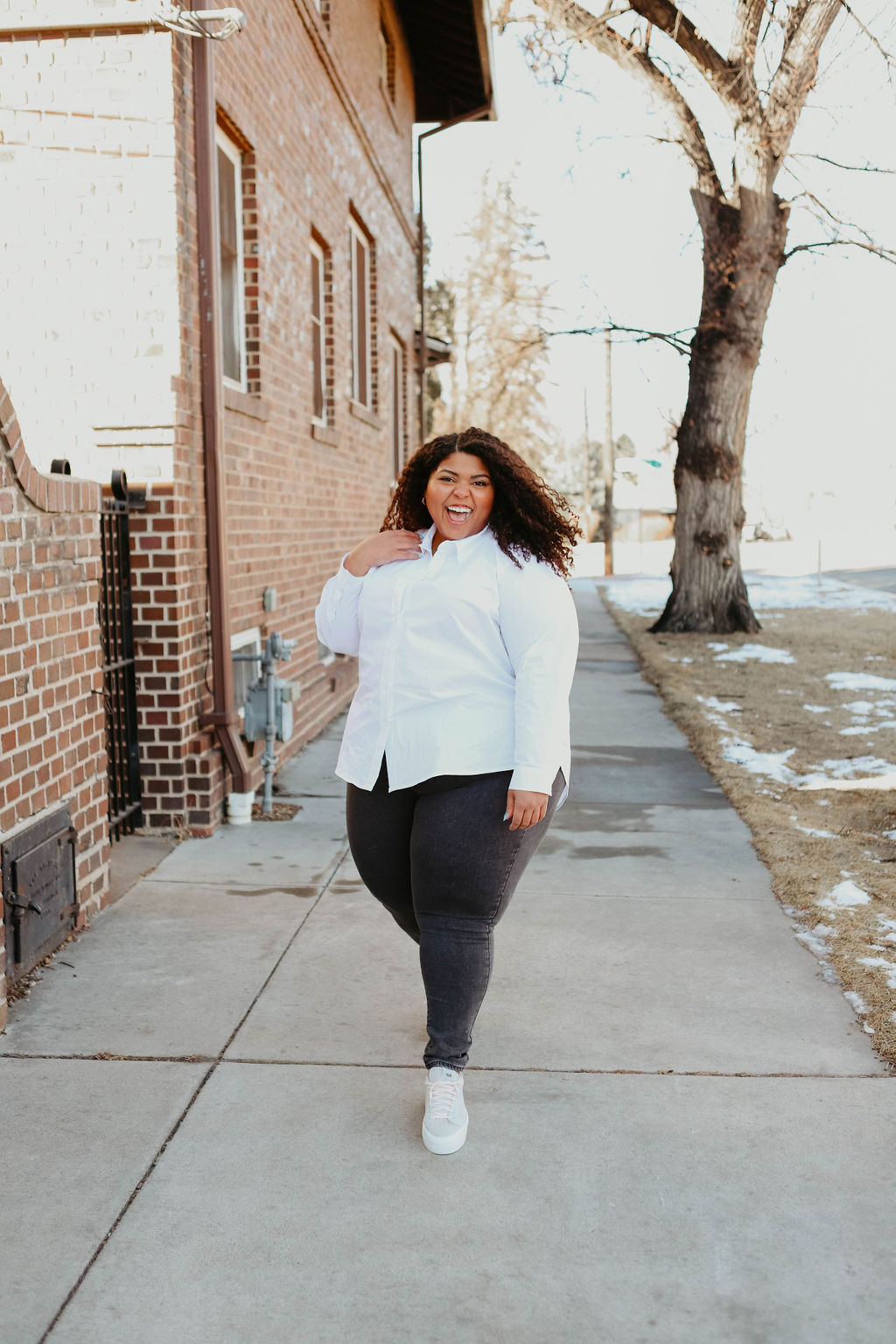 A white button-down is an absolute must in my everyday wardrobe & I love how effortless it is to style! Let's get into a few ways to wear it.