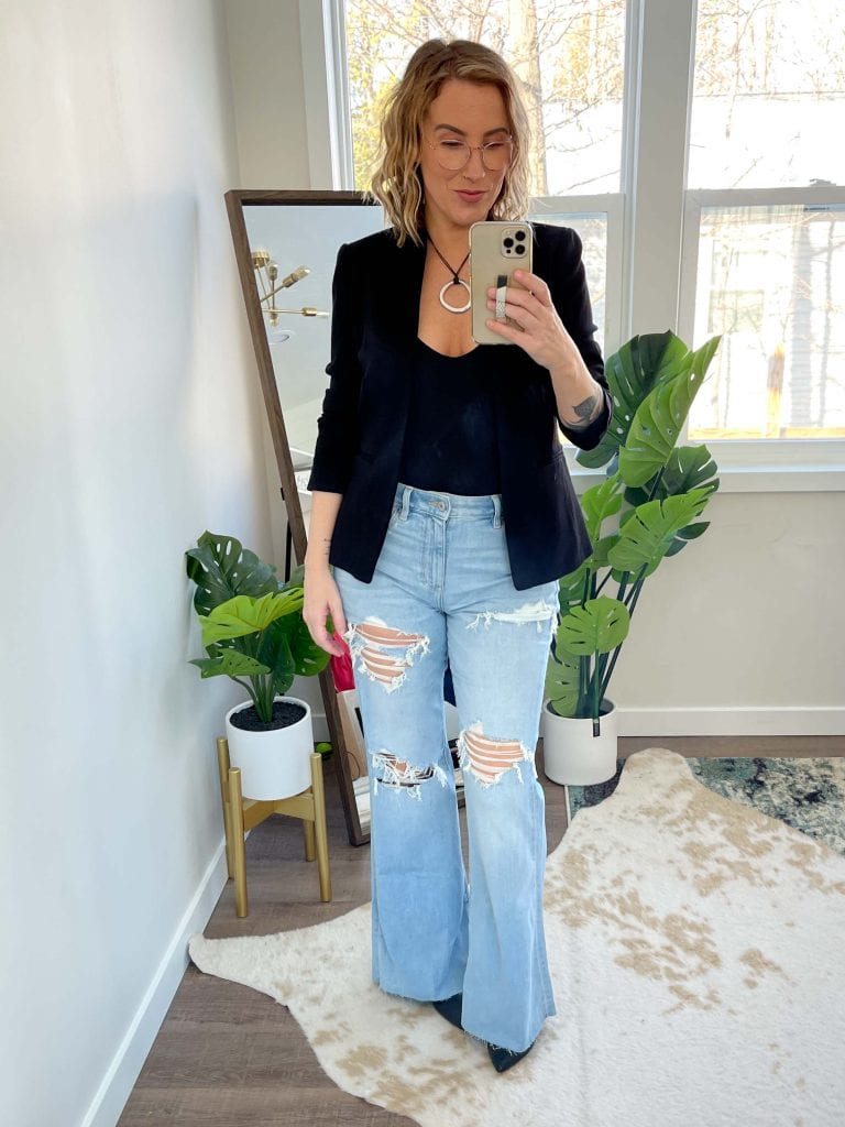 High-rise flares just make sense to me: a wider hem to balance out hips, a high-rise to accentuate curves, a leg-lengthening fit...I'll rock these over mom jeans any day.
