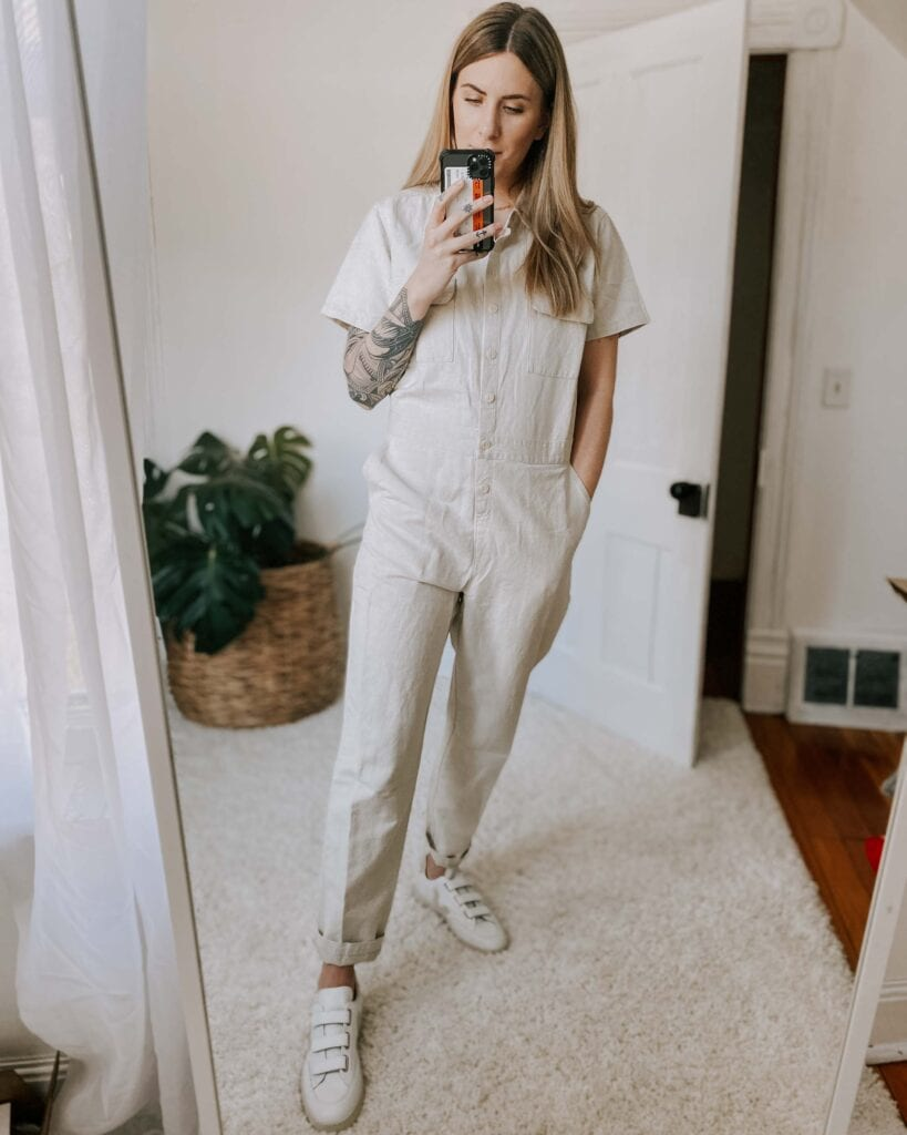 I've been gravitating towards white sneakers for awhile. It's painless to style 'em w/ any outfit, they're incredibly comfortable & they get better w/ wear.