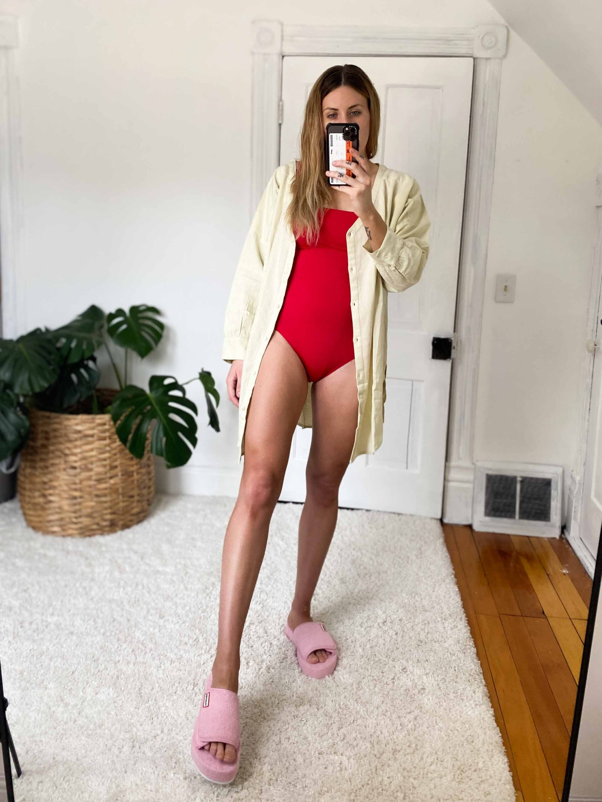 Flirty, flattering swimwear —we crave it! SO, we're pleasantly surprised by Sea Level Swim. Supportive swimsuits (think postpartum) reviewed by an actual mom.