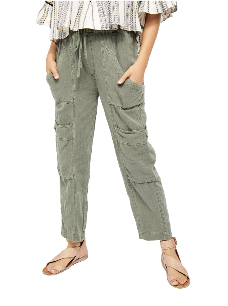 Summer means 1 thing here: an outfit refresh — aka light, flowy pants! For naps, beach lounging & date night, these pants are comfy, easy & versatile-- as we like it.