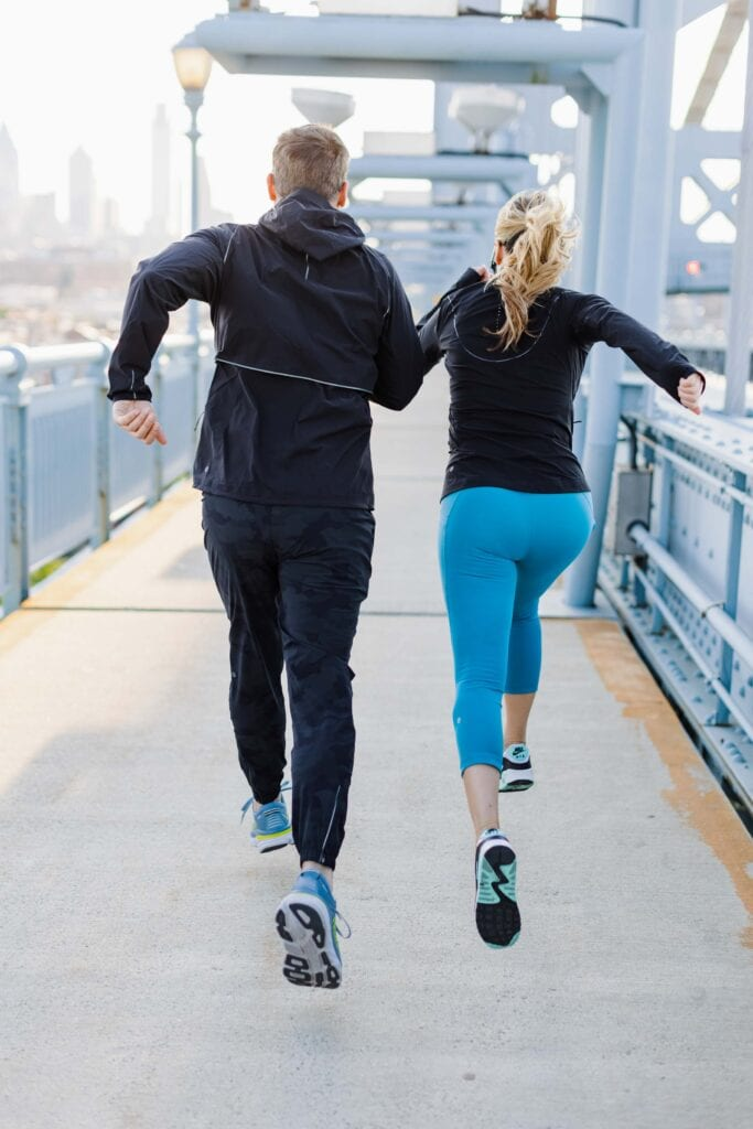 We're certain that the lululemon design team must be runners themselves, because everything about the men's & women's running clothes WORKS.