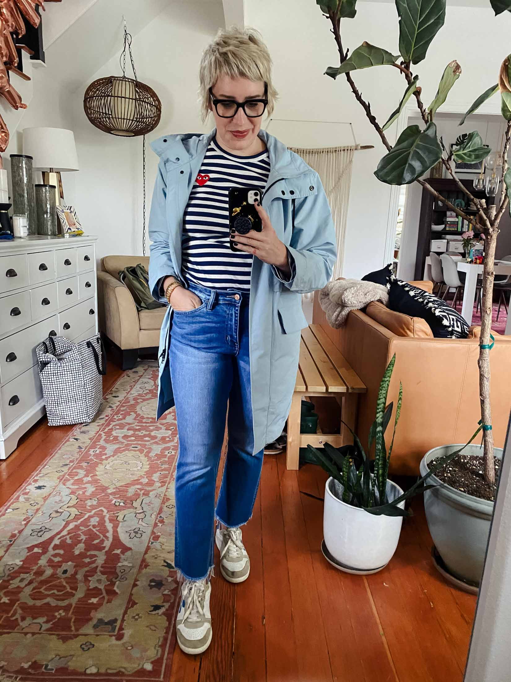 To climb out of this style rut, we're looking at classic striped tees, statement sweatshirts & our forever favs: white sneakers retro vibes.