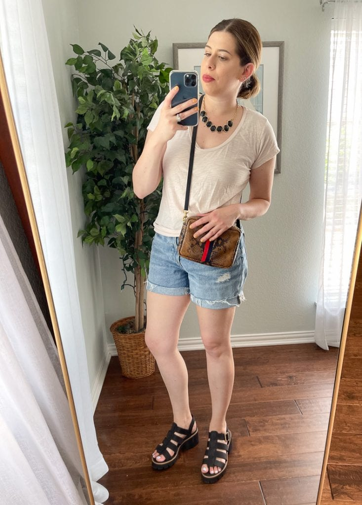 Fisherman sandals in theory & fisherman sandals in practice are 2 different things. I believe they're a wearable trend, so here's how to style 'em so they work.