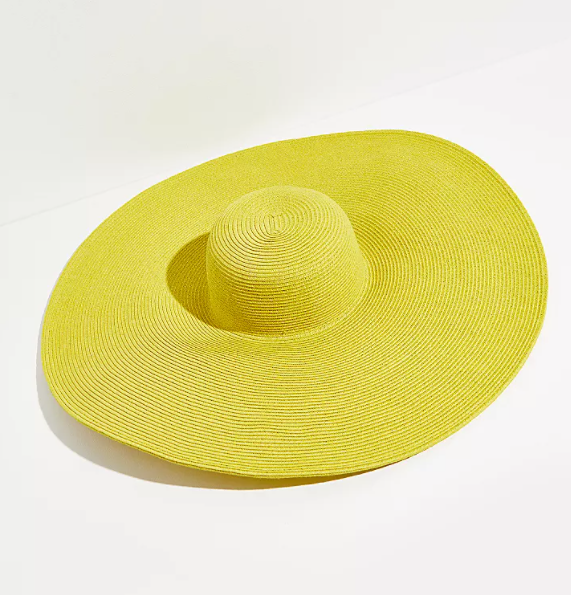 With such a desire for color, I've found they best way to add to your summer outfit is with bright accessories. Think: clay earrings, Sephora lipstick + wide brim sun hats
