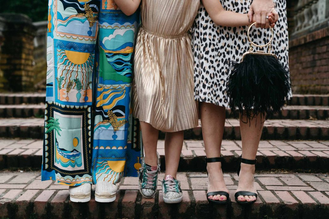A bold pattern here, animal print there -- between A-line dresses & colorful wide-leg pants, we're ready for some summer outfit inspo. Let's go!