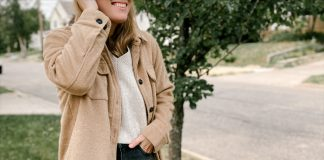 I don't have to think hard about this flannel shirt jacket. From summer bonfire nights to the pumpkin patch this fall, this is how I'll be rocking the shacket!