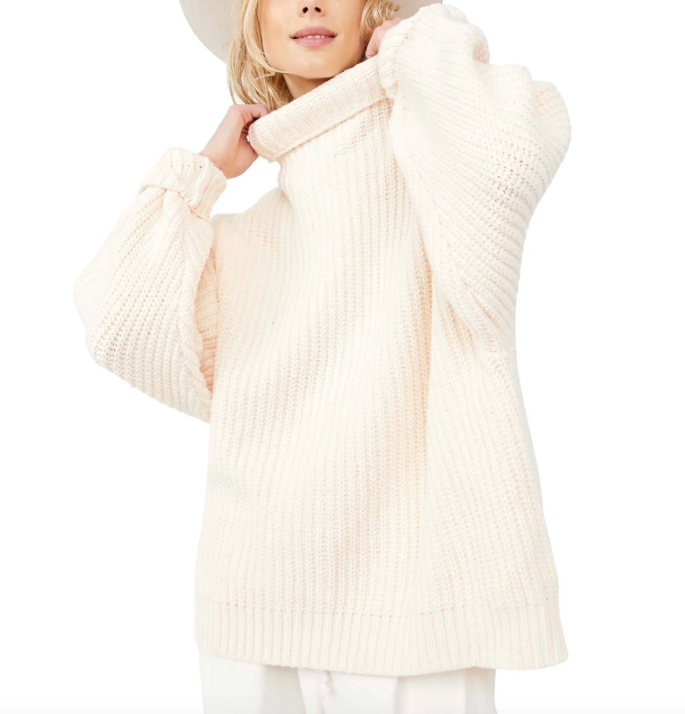 This Free People deep turtleneck is a newbie design for FP and it is stunning.