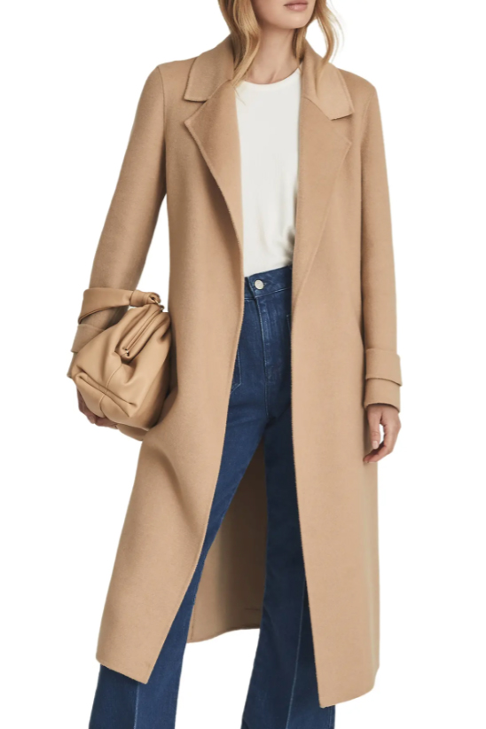 For the jeans & t-shirt kind o' girl...this capsule wardrobe. Think: nonchalantly cool -- a wool coat w/ great drape, sneakers for date night -- + a few subtly sexy pieces, too.