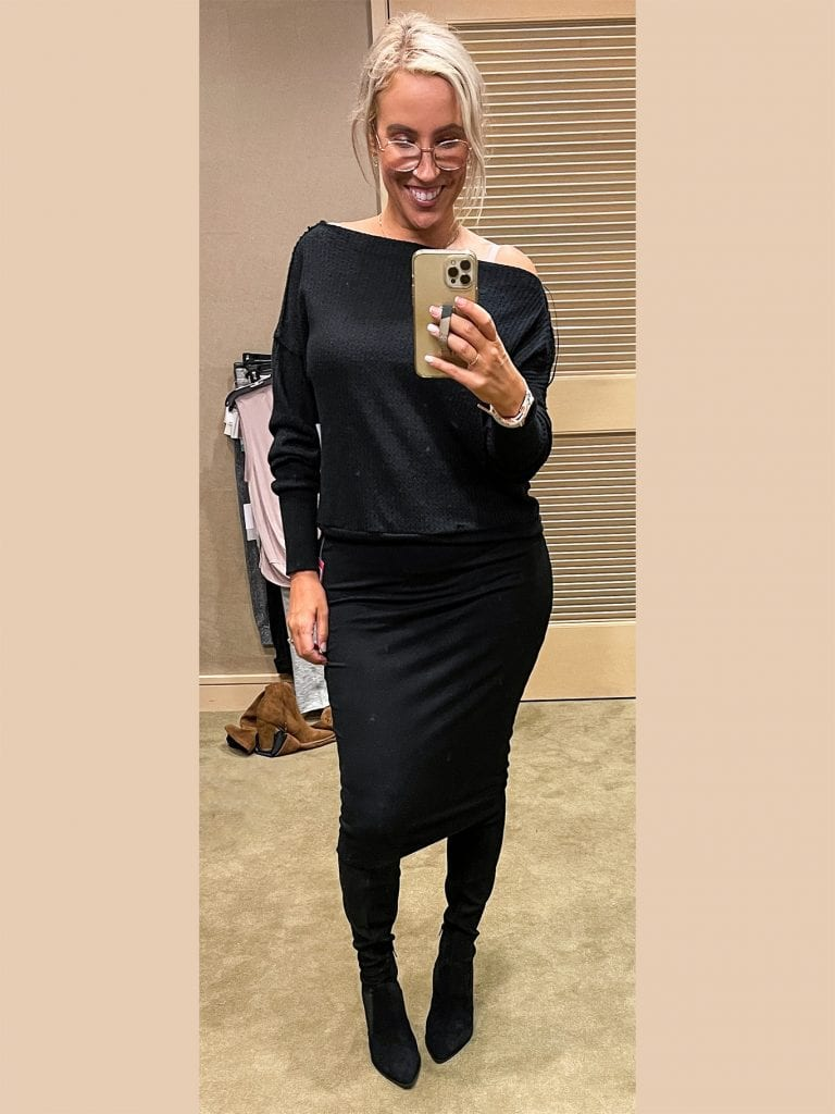 But after trying on the Stretch Knit Midi Tube Skirt & the Ponte Midi Skirt, I decided I needed that Vince Camuto stretch tube skirt. It's SO soft & comfy + I love it with OTK boots + sweaters for fall!