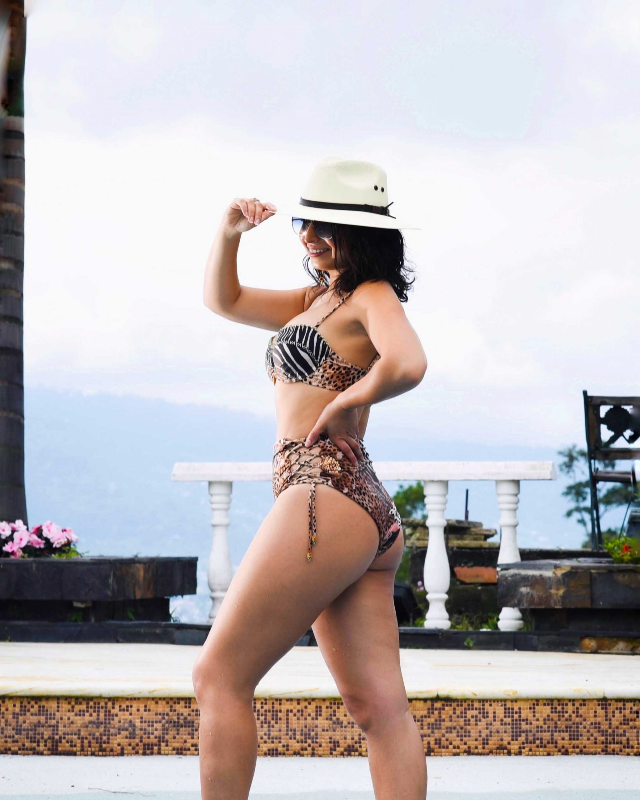 I'm proud to introduce you to Agua Bendita, a Colombian brand that makes beautiful swimwear. The lace-up of these high-rise bottoms adjust to different body shapes.