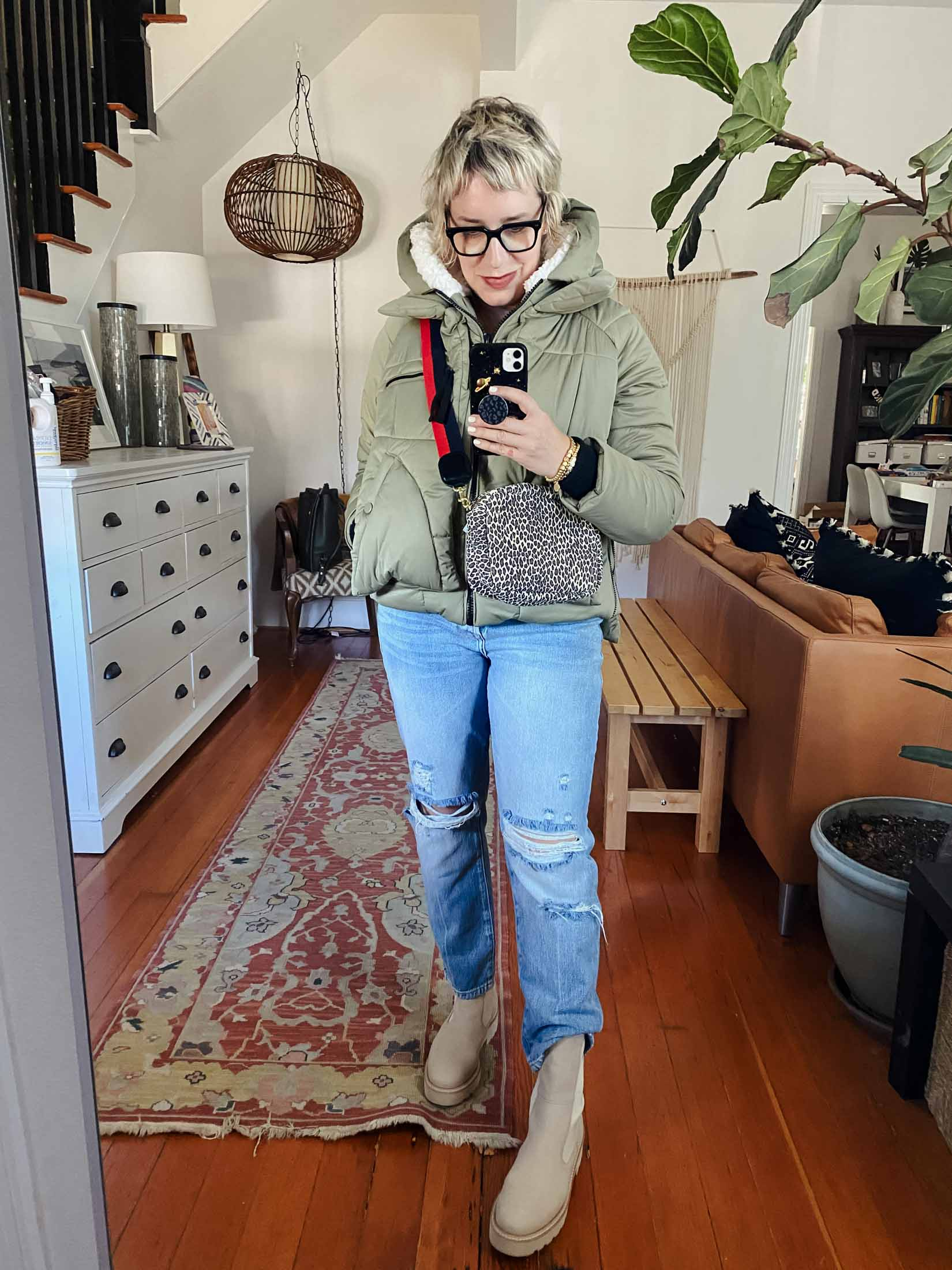 Love love the light leopard bag paired with the soft sage green and the coordinated taupe suede Paul Green boots (which are extra gorg in person...and TTS.)
