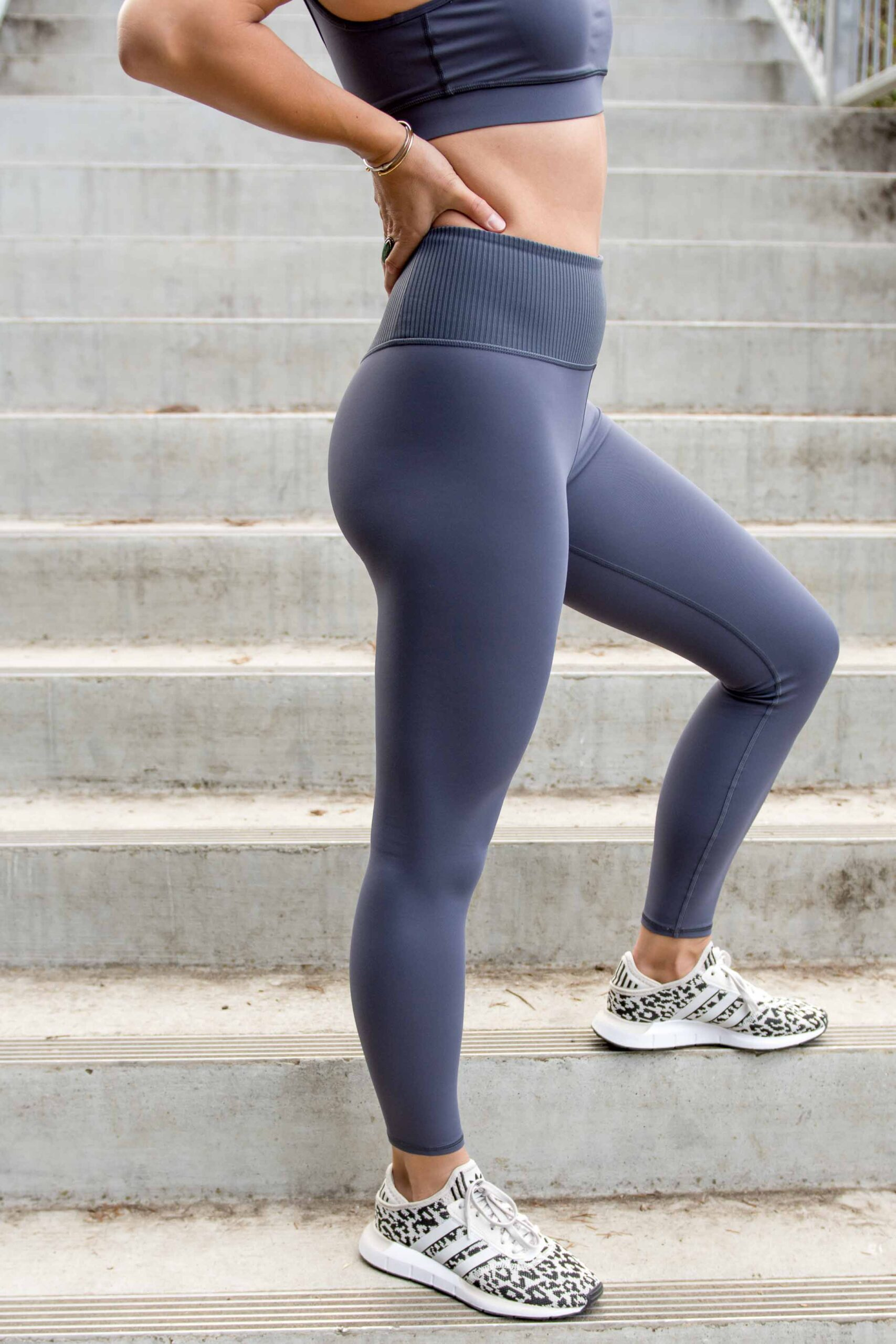 Vuori's BreatheInterlock activewear felt flattering out of the gate. No pinching or smooshing. Just ultra-smooth, buttery fabrics that skim curves without digging in & move as you move.