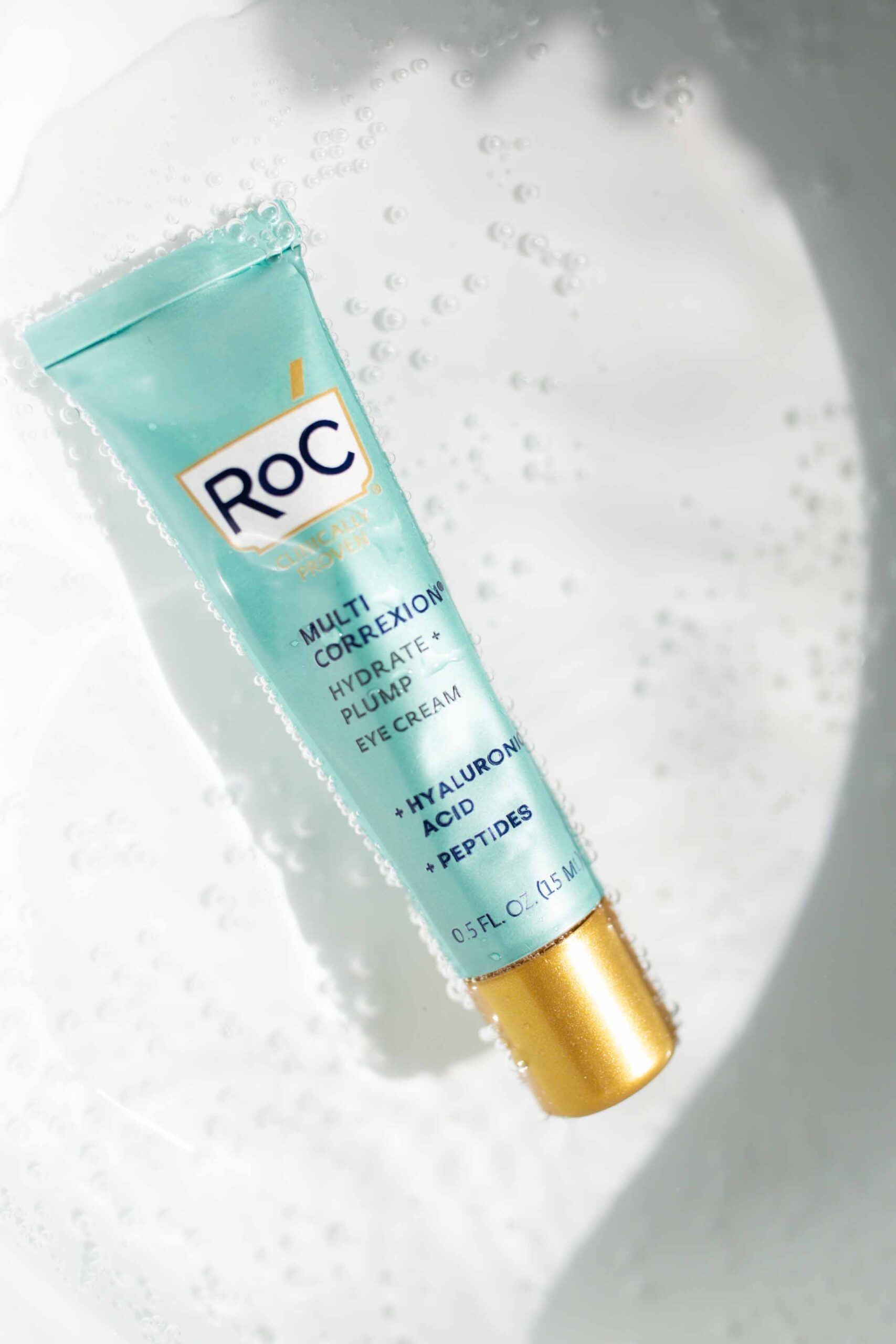 When I had the opportunity to try out RoC® Hydrate + Plump Serum Capsules (+ a few other ani-aging skincare products with hyaluronic acid,) I was all over it.