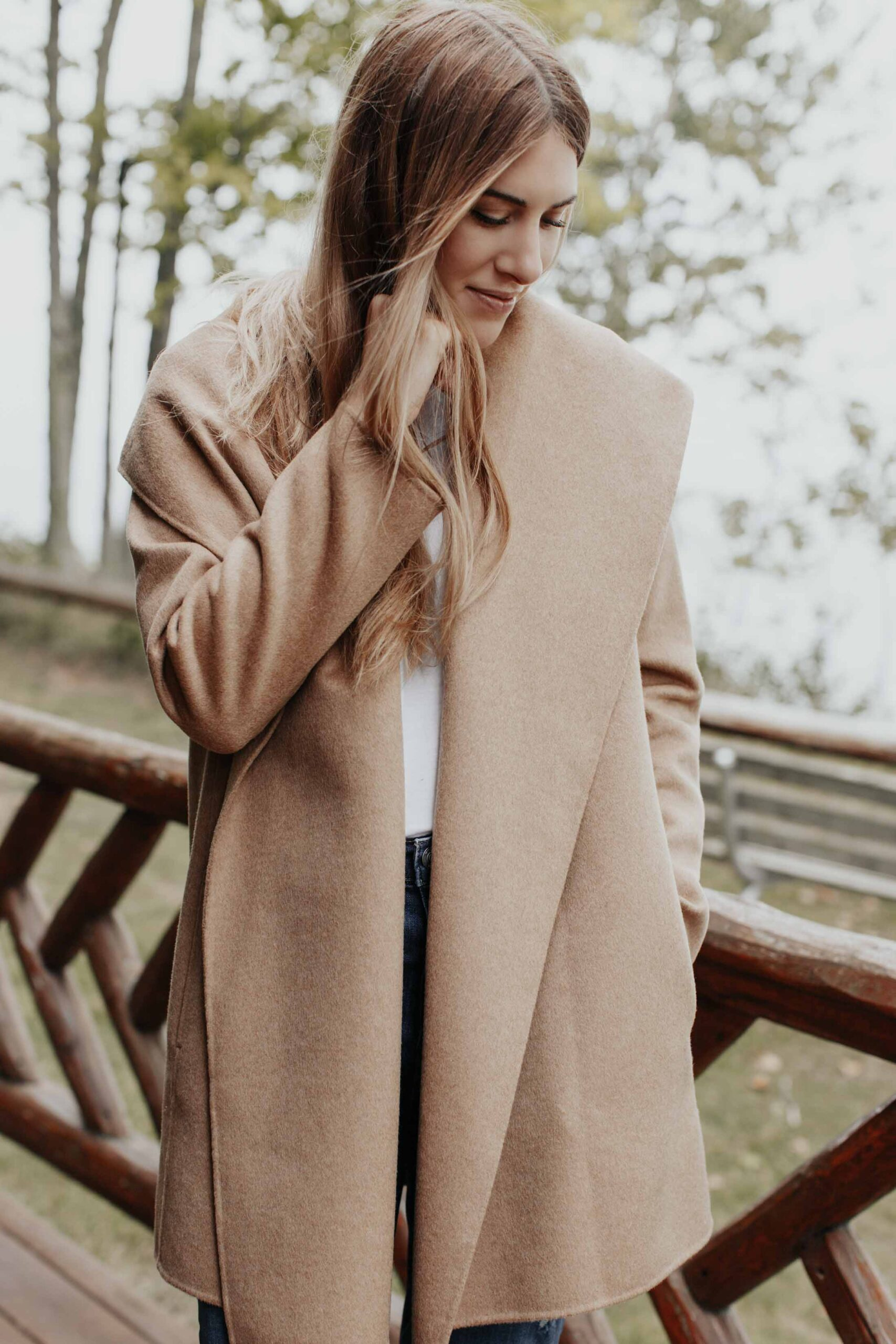 I'm talking about the lighter, drapey versions that can easily be thrown on & taken off. Coats like this gorgeous open-front hooded number from Vince.